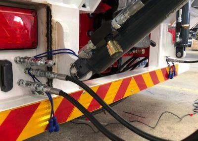 Truck trailer hose up