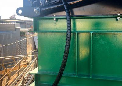 Lift cylinder re hose